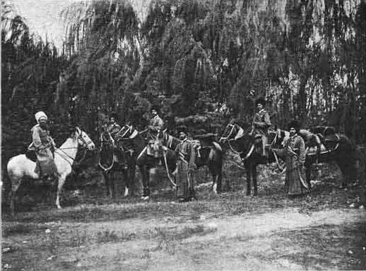 Tekinsky-Kavallerieregiment im Feuer des Ersten Weltkriegs. Teil von 1