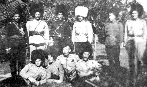 Tekinsky骑兵团在第一次世界大战的火灾中。 3的一部分