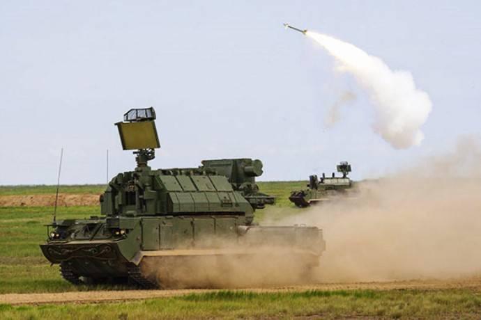 """Las tropas ingresaron al conjunto de regímenes de sistemas de defensa aérea """"Tor-M2""""."""