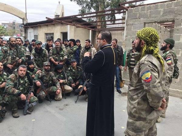 Cruz iraquiana e síria. O que as milícias assírias estão lutando?