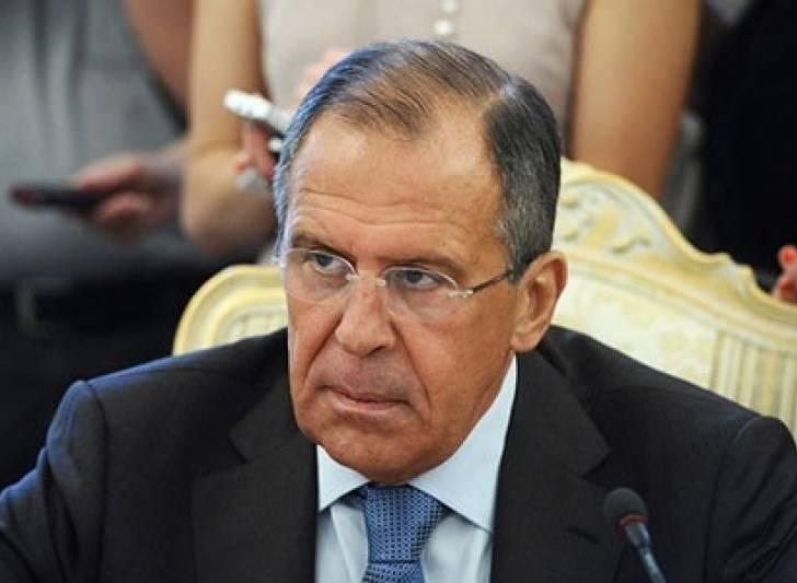 Lavrov: O Ocidente precisa pressionar pela implementação dos acordos de Minsk com mais persistência