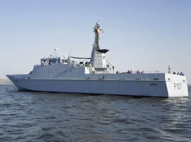 В Камерун доставлен бывший французский патрульный корабль