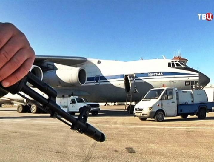 Гуманитарную помощь в Дейр-эз-Зор доставляют российские «Илы»