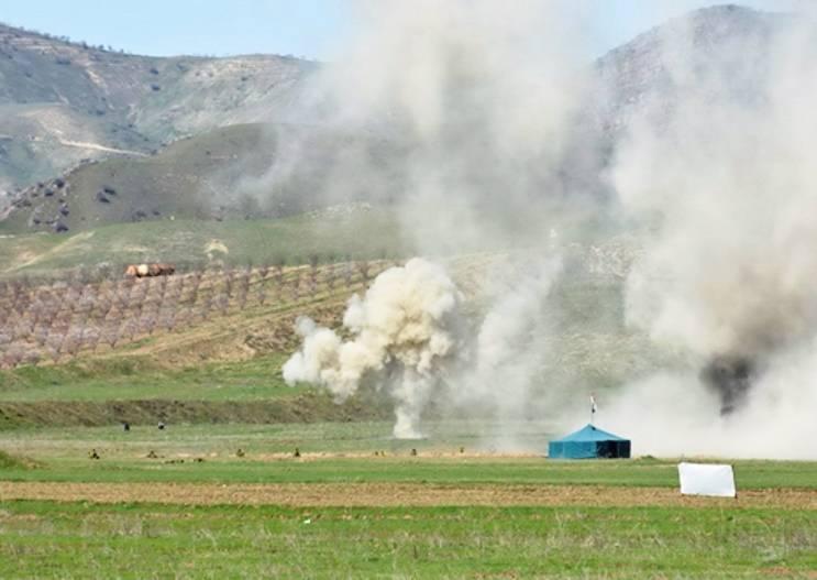 На учении в Таджикистане авиагруппировка уничтожила лагерь боевиков