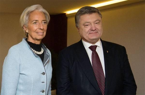 Порошенко назвал успехом Украины выделение МВФ средств на погашение прошлых долгов