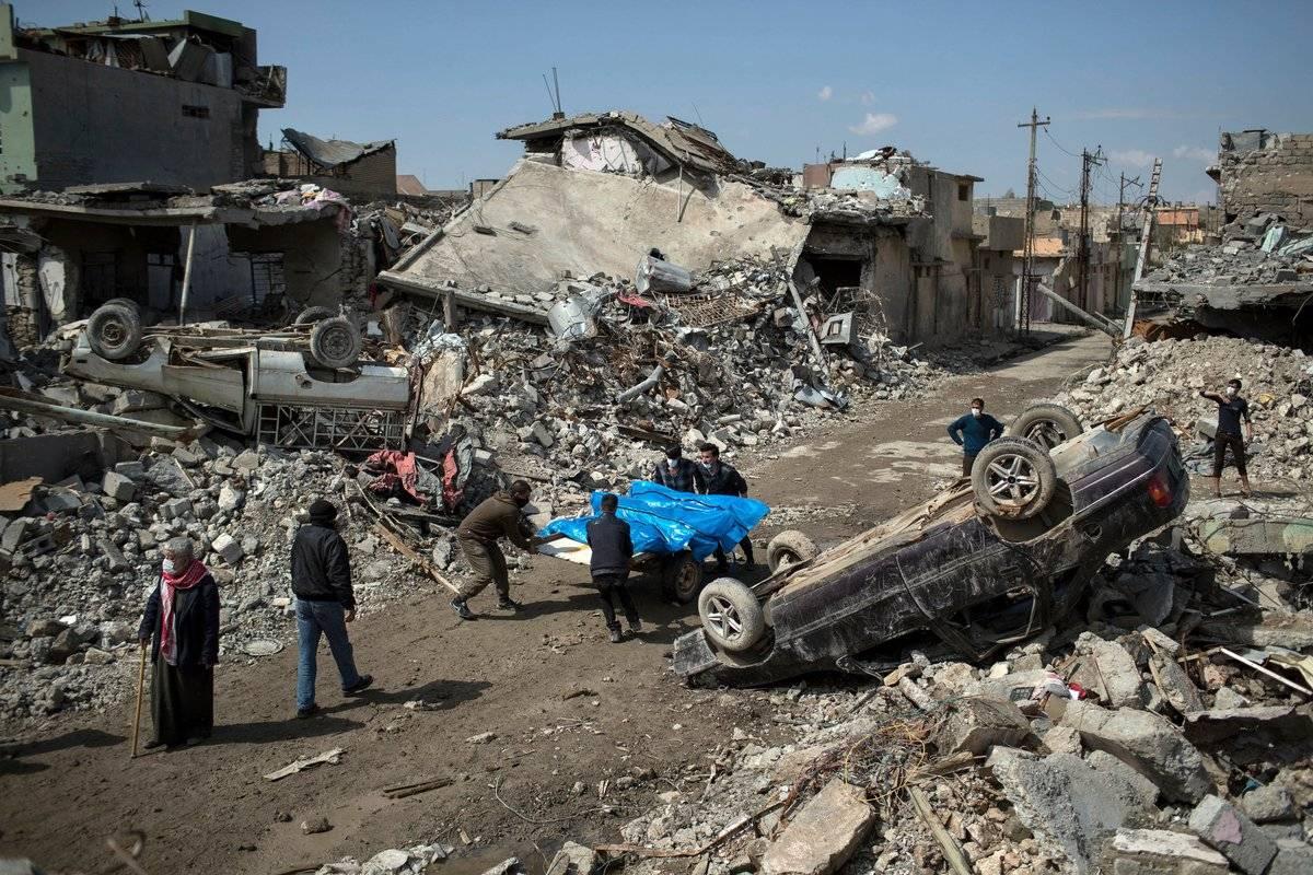 Разминирование освобожденных отИГ территорий Сирии иИрака займет до50 лет