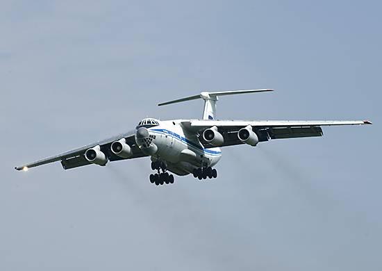 Самолетами ВТА ВКС России на северный полюс доставлено 100 тонн грузов