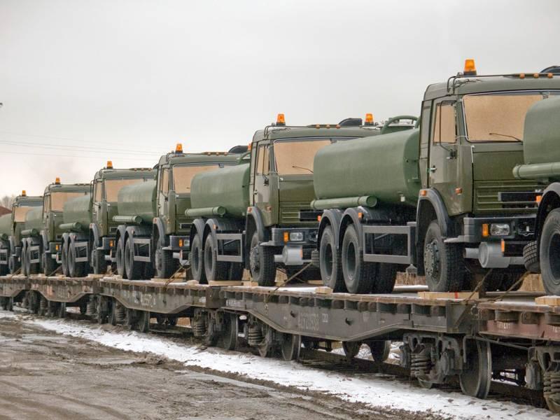 Владимир Путин поручил приобрести 30 тыс. ж/д платформ для переброски техники