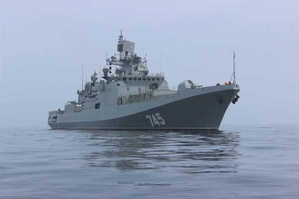 """Фрегат """"Адмирал Григорович"""" прибыл в Средиземное море"""