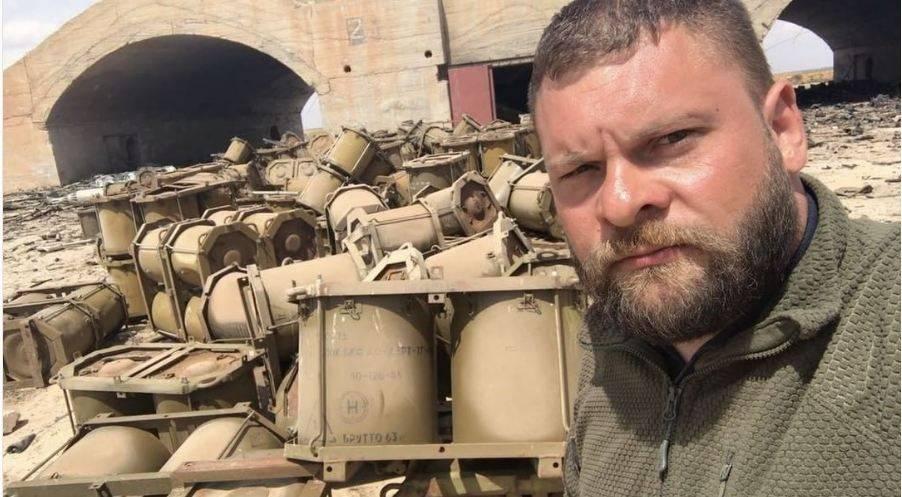 На сирийской авиабазе Шайрат, по которой нанесли удары США, обнаружены контейнеры для химического оружия, - InformNapalm - Цензор.НЕТ 1029