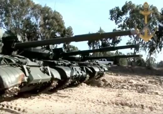 Морским коммандос Сирии поставлены Т-62М и БМП-1