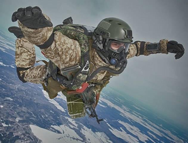 Более 50 тыс. десантников совершат прыжки с парашютом до конца мая