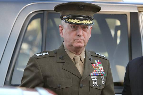 """Глава Пентагона: Сирийскую авиабазу """"Шайрат"""" теперь нельзя использовать в военных целях"""