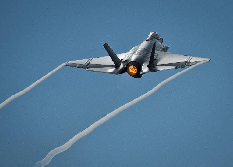 Российские силы ПВО и американские самолеты-«невидимки»: кто победит?