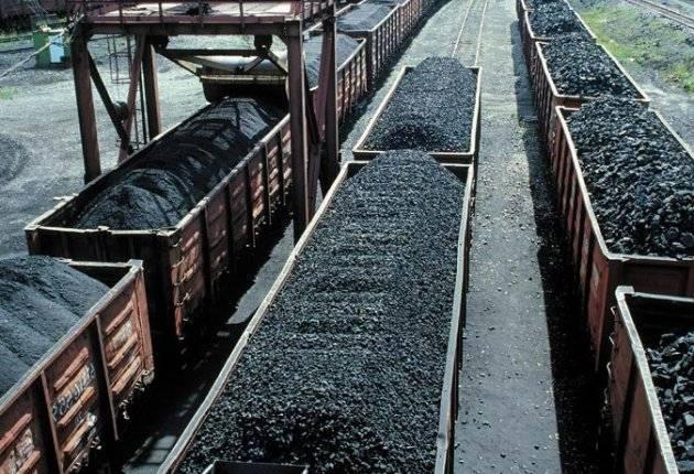 Порошенко хочет отнять уголь у республик Донбасса