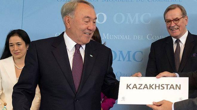 Назарбаев распорядился перевести казахский язык на латиницу