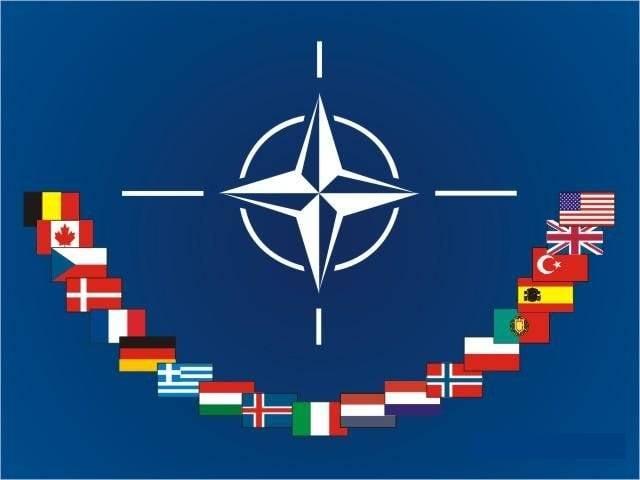 НАТО отказалось комментировать авиаудар коалиции США в Сирии