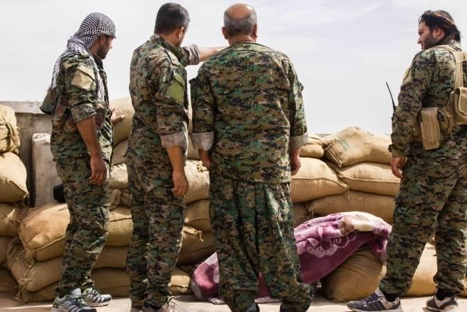 МО Турции не одобряет привлечение курдов к освобождению Ракки