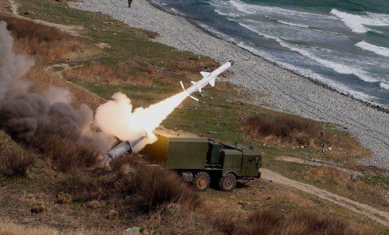 """Dans la flotte baltique a adopté les systèmes de missiles """"Bastion"""" et """"Ball"""""""