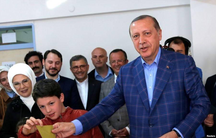 Референдум вТурции прошел снарушениям— ОБСЕ