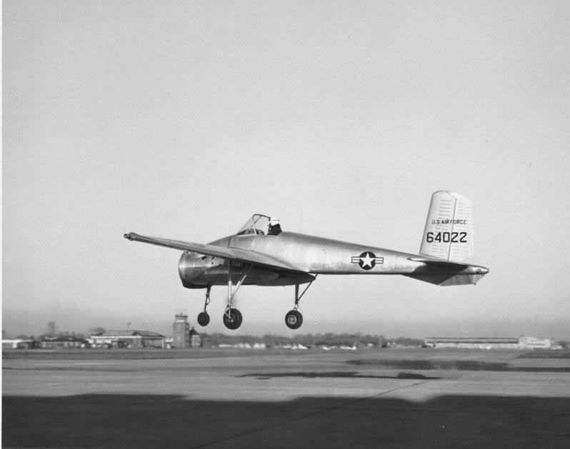 Bell X-14: экспериментальная модель самолёта вертикального взлёта и посадки
