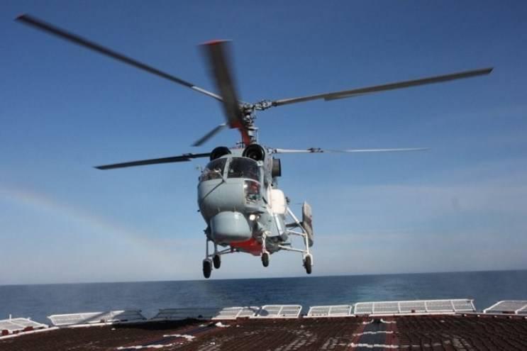 Палубный Ка-27 провел тренировочные полеты у берегов Сирии