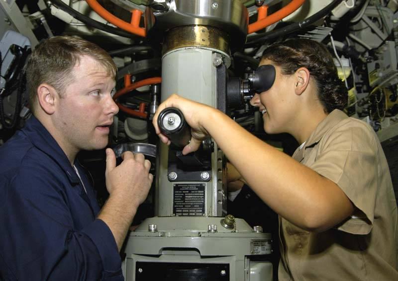"""Подводные лодки США типа """"Вирджиния"""" адаптируют для женщин"""