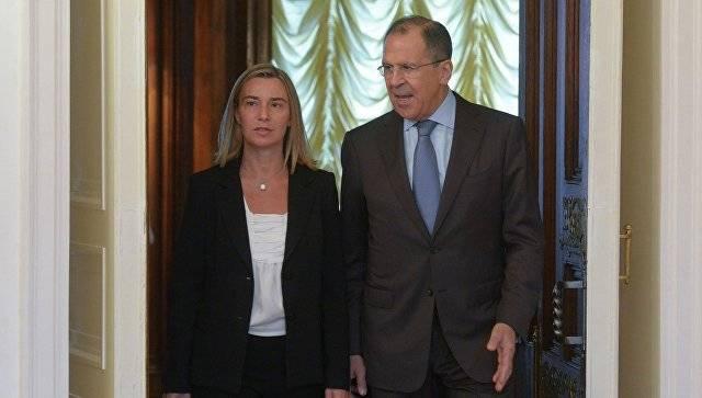 """Mogherini: """"Estoy en Moscú, lo que significa que las relaciones entre la UE y Rusia no están congeladas"""""""