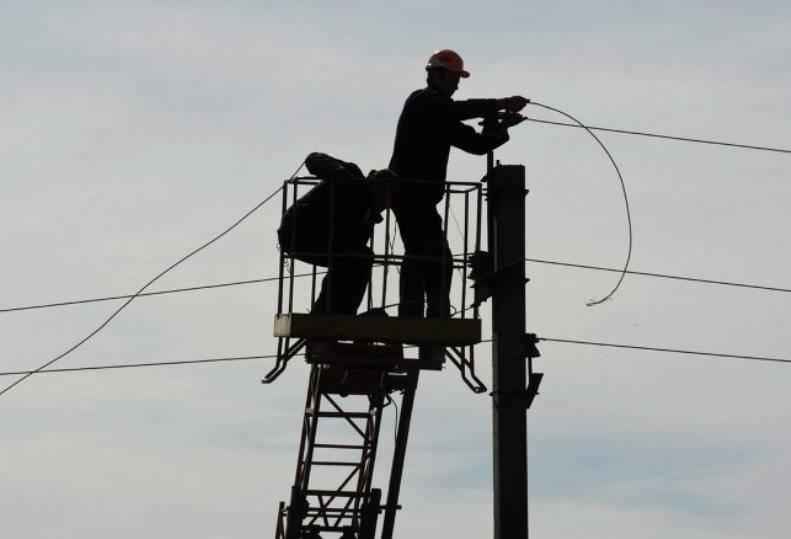 Энергетики Луганска восстановили электроснабжение в большей части города