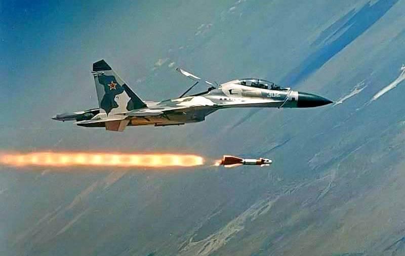 Яркие кадры: ВКС России сыграли решающую роль в битве за Хаму