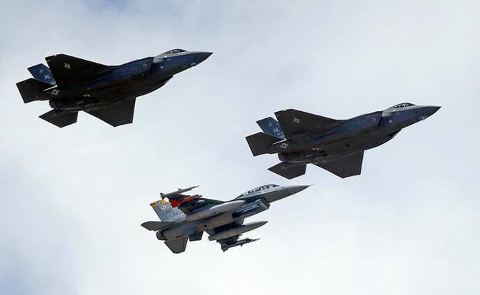 Польские ВВС могут заменить советские самолеты наамериканские