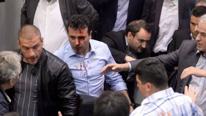 Протесты в Македонии привели к захвату парламента
