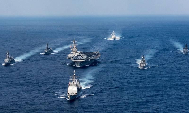 ВМС Японии начали совместное учение с американским авианосцем «Карл Винсон»