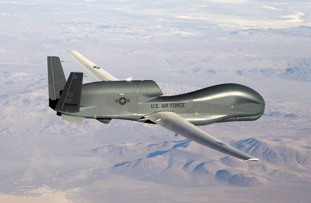 США начали переброску 5-ти  беспилотников вЯпонию