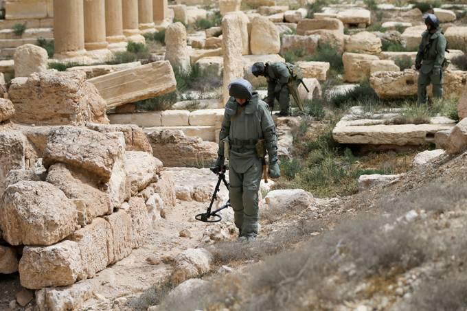 ВС РФ получат в 2017 году новые саперные средства, испытанные в Сирии