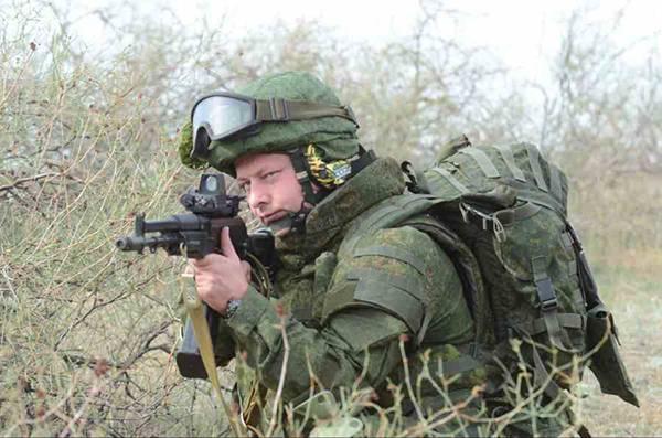 Новейшее вооружение поступило в ДШБ ВДВ, дислоцированную в Ульяновске