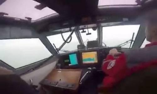 В Погранслужбе ФСБ РФ рассказали о том, что украинский катер делал у берегов Крыма