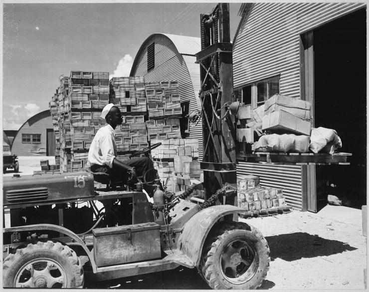 Военные коробки, поддоны и контейнеры