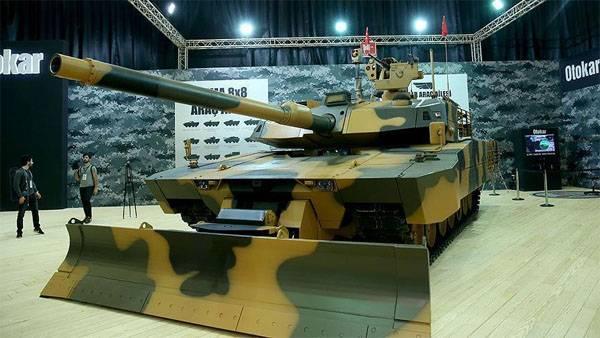 Турецкие танки на выставке IDEF-2017