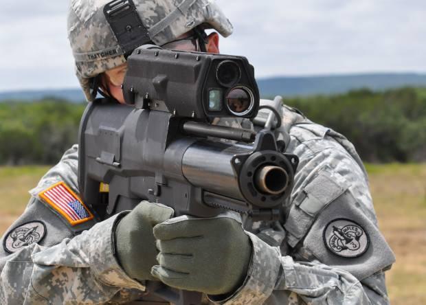 """Армия США отказывается от """"умного"""" гранатомета ХМ-25"""