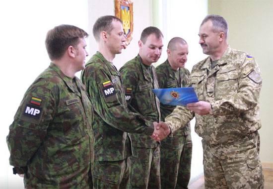 Литовцы учат украинских военных защите первых лиц государства