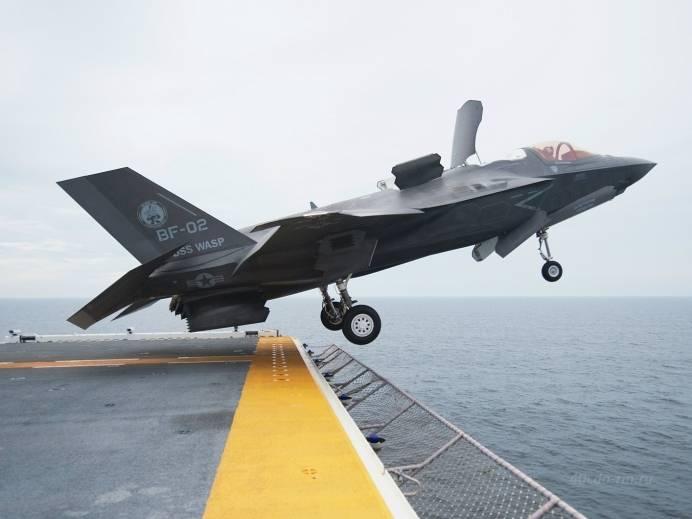 F-35В впервые отстрелялся из пушки в воздухе
