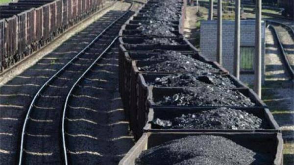 Киев приказал конфисковать уголь, добытый на территории ЛДНР