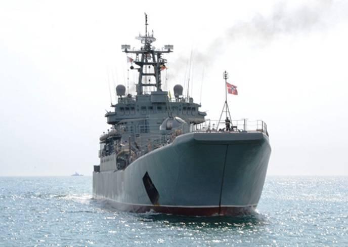 Десантные корабли ЧФ выполнили стрельбы в районе полигона Опук