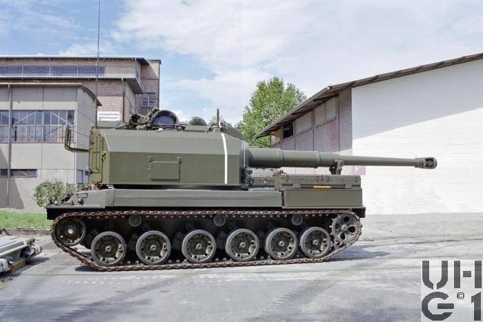 सेल्फ-प्रोपेल्ड आर्टिलरी इंस्टॉलेशन Panzerkanone 68 (स्विट्जरलैंड)