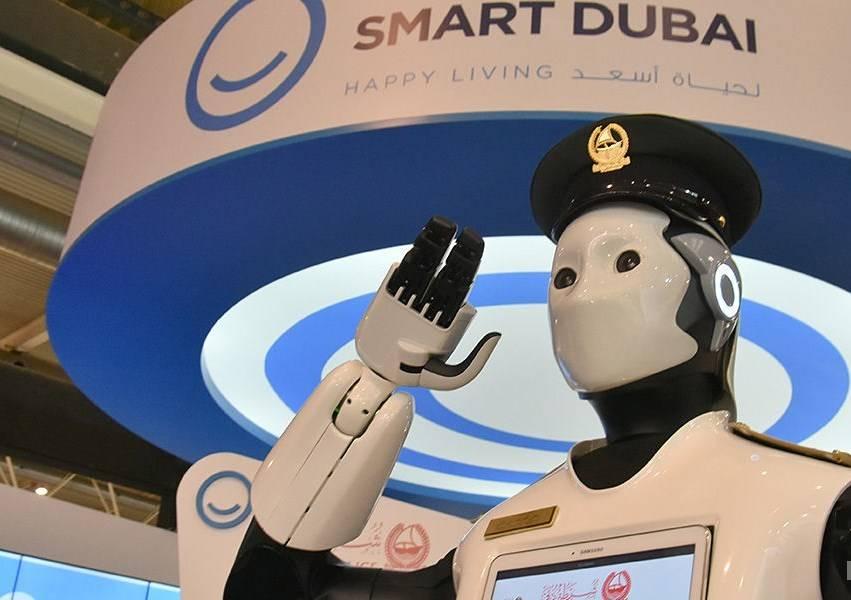 ВДубае приступил кслужбе 1-ый настоящий «робокоп»