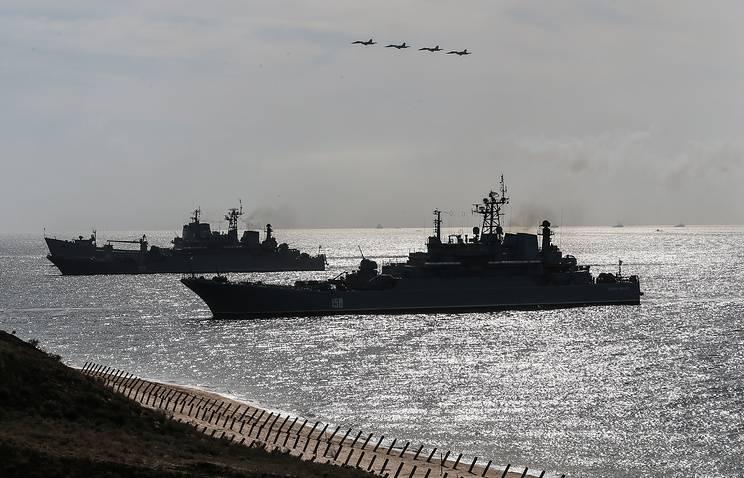 Минобороны продолжит укреплять группировку войск в Крыму в рамках программы до 2025 года