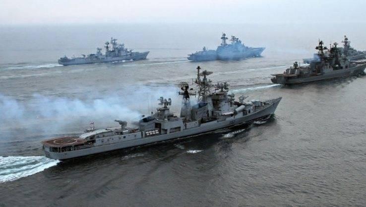 Корабли ЧФ провели в рамках учения встречный морской бой