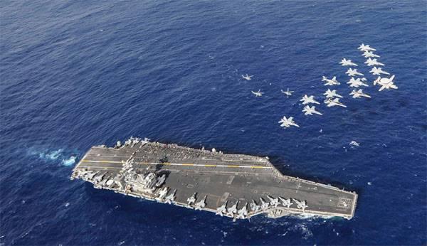 США направили третий авианосец к берегам Корейского полуострова