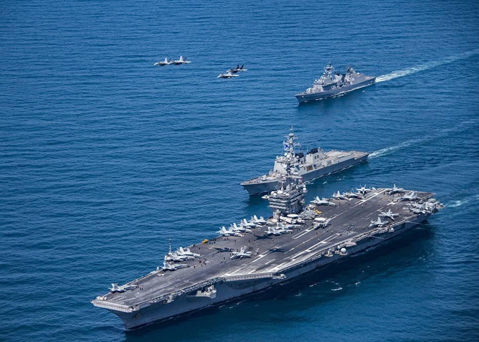 Два атомных авианосца США проведут учебные маневры вЯпонском море